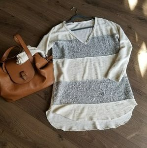 Free people v neck oversized sweater w/sequin